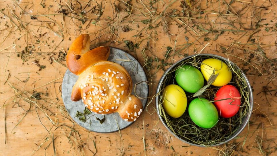 Süßer Germteig Osterhase Rezept Spar Mahlzeit